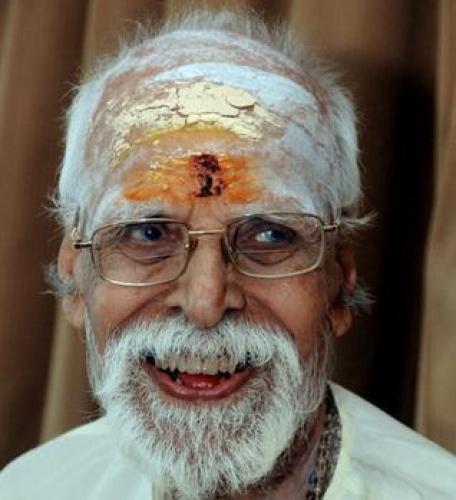 V.Dakshinamurthy